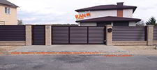 RANeX_забор-центр_забор каменный + жалюзи-танго_RAL8017_ворота-жалюзи откатные+калитка-жалюзи+автоматика откатных ворот_Шабаны_2