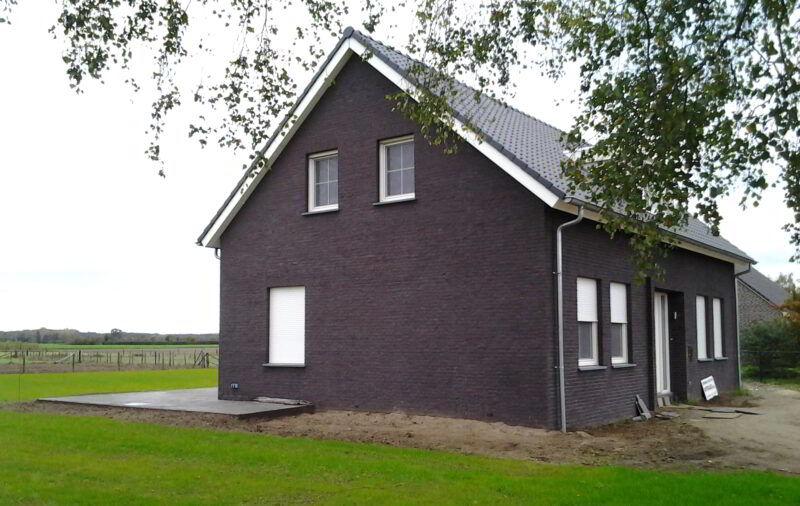 9.EH-020-Parallelweg-10-Swalmen-donkere-voeg-800×506-c-default